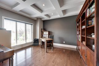 Photo 3: 5040 MCLUHAN Road in Edmonton: Zone 14 House for sale : MLS®# E4161246