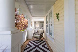Photo 2: 7931 13 Avenue in Edmonton: Zone 53 House for sale : MLS®# E4164167