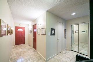 Photo 2: 143 Wolf Willow Crescent in Edmonton: Zone 22 Townhouse for sale : MLS®# E4164684