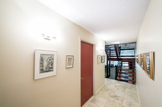 Photo 3: 143 Wolf Willow Crescent in Edmonton: Zone 22 Townhouse for sale : MLS®# E4164684