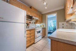 Photo 8: 201 988 W 54TH Avenue in Vancouver: South Cambie Condo for sale (Vancouver West)  : MLS®# R2387571