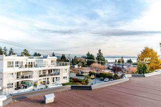 "Photo 4: 502 1225 MERKLIN Street: White Rock Condo for sale in ""Englesea"" (South Surrey White Rock)  : MLS®# R2418841"