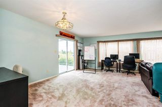 Photo 3: 938 KENT Street: White Rock House for sale (South Surrey White Rock)  : MLS®# R2479856