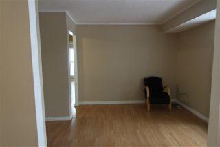 Photo 4: 9265 172 Street in Edmonton: Zone 20 Carriage for sale : MLS®# E4211854