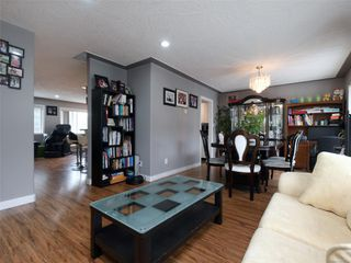 Photo 5: 1265 Dunsterville Ave in : SW Strawberry Vale House for sale (Saanich West)  : MLS®# 856258
