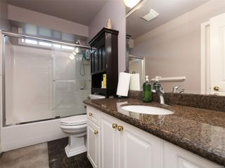 Photo 19: 1265 Dunsterville Ave in : SW Strawberry Vale House for sale (Saanich West)  : MLS®# 856258