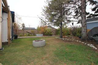 Photo 19: 7744 46 Avenue NW in Calgary: Bowness Detached for sale : MLS®# A1043313