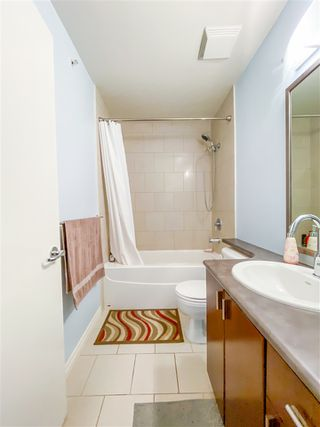 """Photo 20: 8 6878 SOUTHPOINT Drive in Burnaby: South Slope Townhouse for sale in """"CORTINA"""" (Burnaby South)  : MLS®# R2510279"""