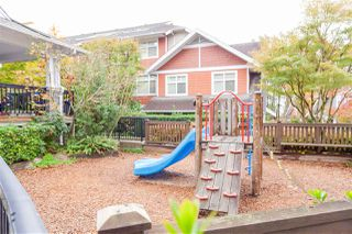 """Photo 25: 8 6878 SOUTHPOINT Drive in Burnaby: South Slope Townhouse for sale in """"CORTINA"""" (Burnaby South)  : MLS®# R2510279"""