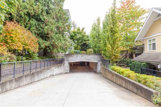"""Photo 26: 8 6878 SOUTHPOINT Drive in Burnaby: South Slope Townhouse for sale in """"CORTINA"""" (Burnaby South)  : MLS®# R2510279"""