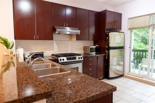 """Photo 10: 8 6878 SOUTHPOINT Drive in Burnaby: South Slope Townhouse for sale in """"CORTINA"""" (Burnaby South)  : MLS®# R2510279"""