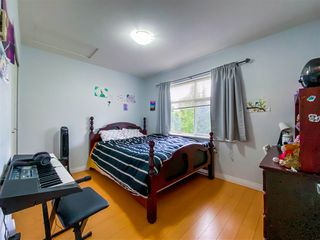"""Photo 22: 8 6878 SOUTHPOINT Drive in Burnaby: South Slope Townhouse for sale in """"CORTINA"""" (Burnaby South)  : MLS®# R2510279"""