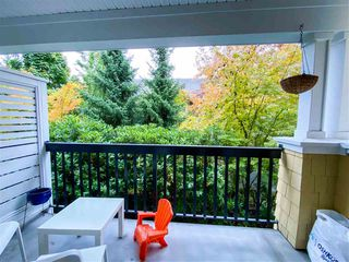 """Photo 14: 8 6878 SOUTHPOINT Drive in Burnaby: South Slope Townhouse for sale in """"CORTINA"""" (Burnaby South)  : MLS®# R2510279"""