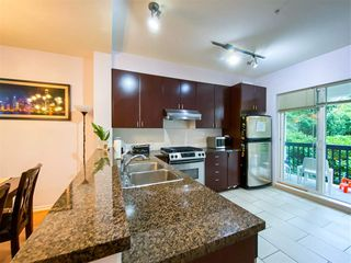 """Photo 13: 8 6878 SOUTHPOINT Drive in Burnaby: South Slope Townhouse for sale in """"CORTINA"""" (Burnaby South)  : MLS®# R2510279"""