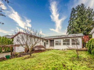 Photo 2: 20383 121B Avenue in Maple Ridge: Northwest Maple Ridge House for sale : MLS®# R2525131