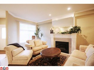 "Photo 2: 22 5811 122 Street in Surrey: Panorama Ridge Townhouse for sale in ""Lakebridge Estates"" : MLS®# F1104192"