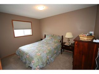 Photo 12: 107 CRESTMONT Drive SW in : Crestmont Residential Detached Single Family for sale (Calgary)  : MLS®# C3471222