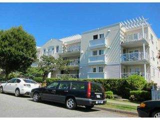 "Photo 1: PH6 5788 VINE Street in Vancouver: Kerrisdale Condo for sale in ""KERRISDALE"" (Vancouver West)  : MLS®# V915130"