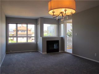 Photo 2: # 302 1623 E 2ND AV in Vancouver: Grandview VE Condo for sale (Vancouver East)  : MLS®# V1006865
