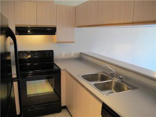 Photo 5: # 302 1623 E 2ND AV in Vancouver: Grandview VE Condo for sale (Vancouver East)  : MLS®# V1006865
