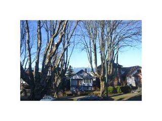 Photo 2: 526 10TH Ave E in Vancouver East: Mount Pleasant VE Home for sale ()  : MLS®# V872251