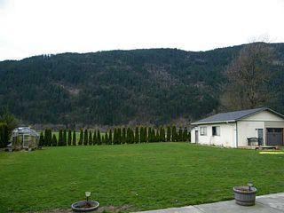 Photo 17: 2351 BODNAR Road: Agassiz House for sale : MLS®# H1401056