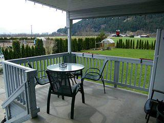 Photo 13: 2351 BODNAR Road: Agassiz House for sale : MLS®# H1401056
