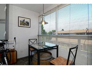 """Photo 5: 304 2025 STEPHENS Street in Vancouver: Kitsilano Condo for sale in """"STEPHEN'S COURT"""" (Vancouver West)  : MLS®# V1069084"""