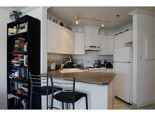 """Photo 7: 304 2025 STEPHENS Street in Vancouver: Kitsilano Condo for sale in """"STEPHEN'S COURT"""" (Vancouver West)  : MLS®# V1069084"""
