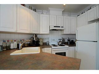 """Photo 8: 304 2025 STEPHENS Street in Vancouver: Kitsilano Condo for sale in """"STEPHEN'S COURT"""" (Vancouver West)  : MLS®# V1069084"""