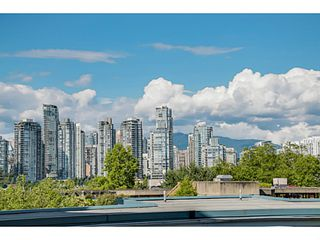 "Photo 14: 208 1365 W 4TH Avenue in Vancouver: False Creek Condo for sale in ""GRANVILLE ISLAND VILLAGE"" (Vancouver West)  : MLS®# V1072784"