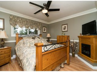 Photo 8: 13527 BRYAN Place in Surrey: Queen Mary Park Surrey House for sale : MLS®# F1423128