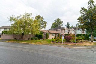Photo 2: 13527 BRYAN Place in Surrey: Queen Mary Park Surrey House for sale : MLS®# F1423128