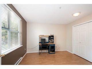 Photo 10: 304 220 NEWPORT Drive in Port Moody: North Shore Pt Moody Condo for sale : MLS®# V1089971