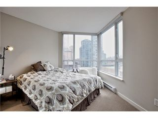 """Photo 16: 808 1212 HOWE Street in Vancouver: Downtown VW Condo for sale in """"1212 HOWE"""" (Vancouver West)  : MLS®# V1103940"""