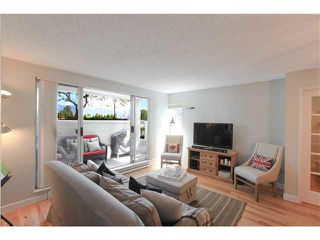 "Photo 7: A4 1870 W 6TH Avenue in Vancouver: Kitsilano Condo for sale in ""HERITAGE ON CYPRESS"" (Vancouver West)  : MLS®# V1128964"