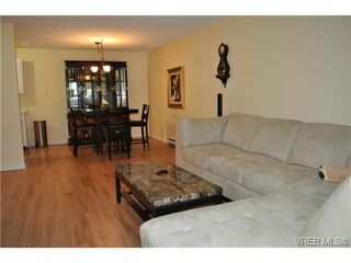 Photo 5: 206 1124 Esquimalt Rd in VICTORIA: Es Rockheights Condo Apartment for sale (Esquimalt)  : MLS®# 707599