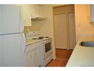 Photo 7: 206 1124 Esquimalt Road in VICTORIA: Es Rockheights Condo Apartment for sale (Esquimalt)  : MLS®# 353931