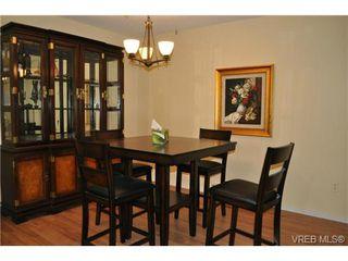 Photo 12: 206 1124 Esquimalt Road in VICTORIA: Es Rockheights Condo Apartment for sale (Esquimalt)  : MLS®# 353931
