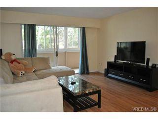 Photo 4: 206 1124 Esquimalt Road in VICTORIA: Es Rockheights Condo Apartment for sale (Esquimalt)  : MLS®# 353931