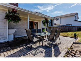Photo 18: 16127 8TH Avenue in Surrey: King George Corridor House for sale (South Surrey White Rock)  : MLS®# F1448439