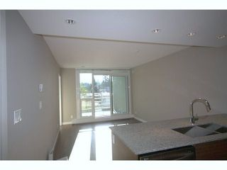 Photo 4: 609 135 E 17TH Street in North Vancouver: Central Lonsdale Condo for sale : MLS®# R2000306