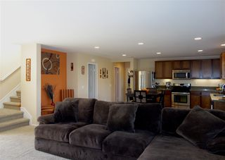 Photo 5: TEMECULA House for sale : 4 bedrooms : 34207 Sundew Ct in Lake Elsinore