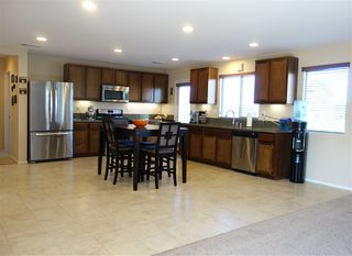Photo 3: TEMECULA House for sale : 4 bedrooms : 34207 Sundew Ct in Lake Elsinore