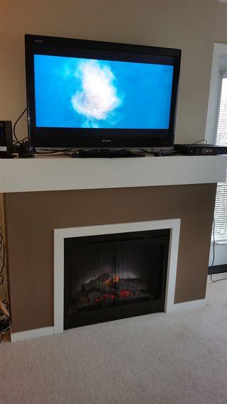 "Photo 8: 207 700 KLAHANIE Drive in Port Moody: Port Moody Centre Condo for sale in ""Boarwalk"" : MLS®# R2021637"