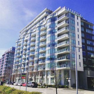 "Photo 1: 506 1661 ONTARIO Street in Vancouver: False Creek Condo for sale in ""SAILS"" (Vancouver West)  : MLS®# R2051577"