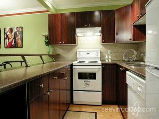 "Photo 2: 436 7TH Street in New Westminster: Uptown NW Condo for sale in ""Regency Court"" : MLS®# V620922"