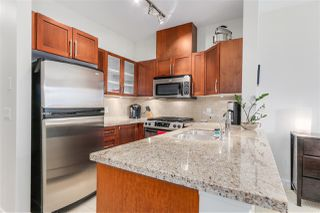 "Photo 2: 303 1468 ST. ANDREWS Avenue in North Vancouver: Central Lonsdale Condo for sale in ""AVONDALE"" : MLS®# R2092586"