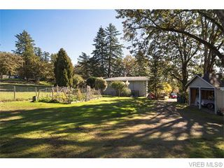 Photo 12: 4590 Scarborough Road in VICTORIA: SW Beaver Lake Single Family Detached for sale (Saanich West)  : MLS®# 371185
