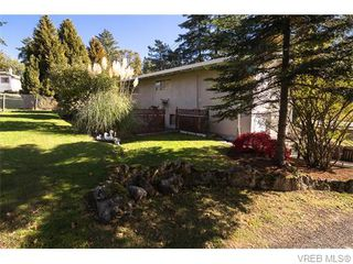 Photo 3: 4590 Scarborough Rd in VICTORIA: SW Beaver Lake Single Family Detached for sale (Saanich West)  : MLS®# 744352